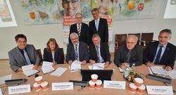 """Hausärzte und Krankenhäuser bilden """"Weiterbildungsverbund Allgemeinmedizin Paderborn"""" zur Sicherung der hausärztlichen Versorgung vor Ort"""